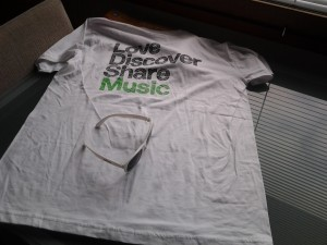Love Discover Share Music - Spotify T-Shirt